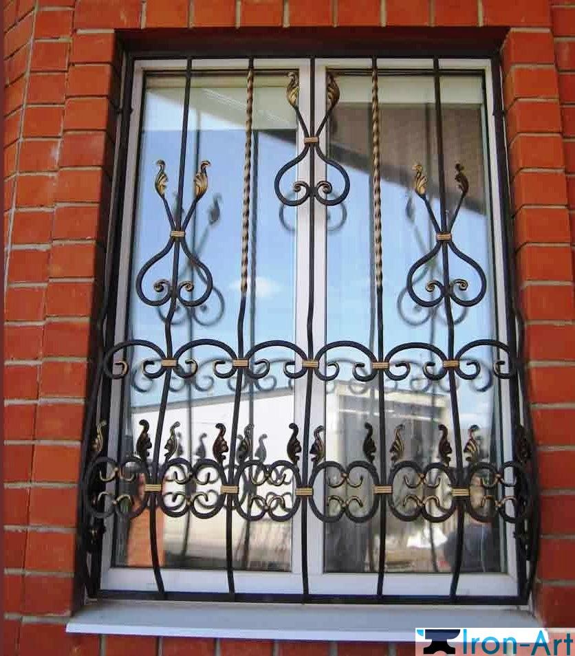 решетка железная на окно