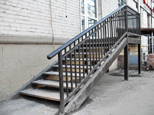 10157128 - Лестницы из металла на заказ