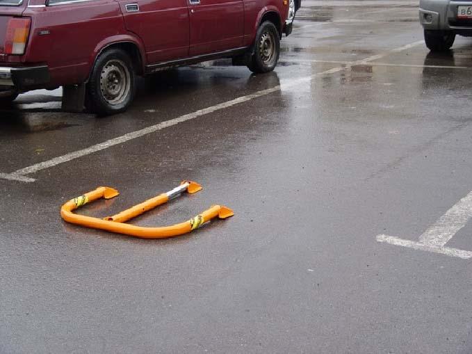 1365251141 1265 - Металлические парковочные столбики на заказ