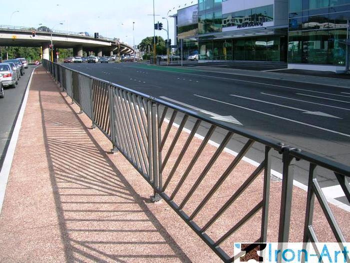 1611003 - Металлические пешеходные ограждения на заказ