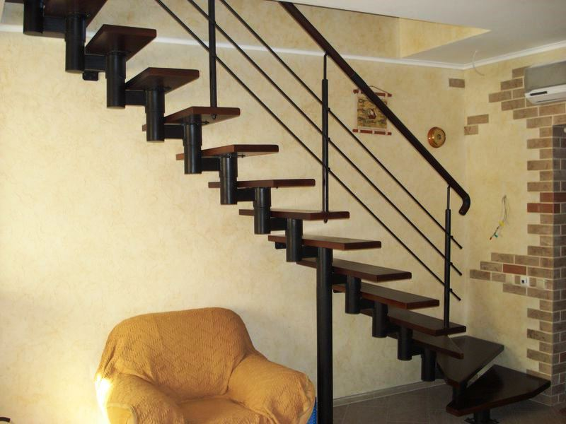 349669 - Металлические лестницы
