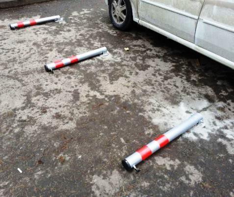 5 2 1 - Металлические парковочные столбики на заказ