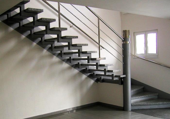 k3b 1 - Лестницы из металла на заказ