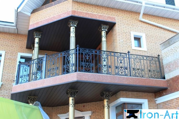 kovanyj balkon 35 750x500 - Металлические балконы на заказ