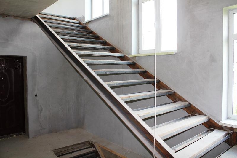 otdelka metall do 2 - Металлические лестницы