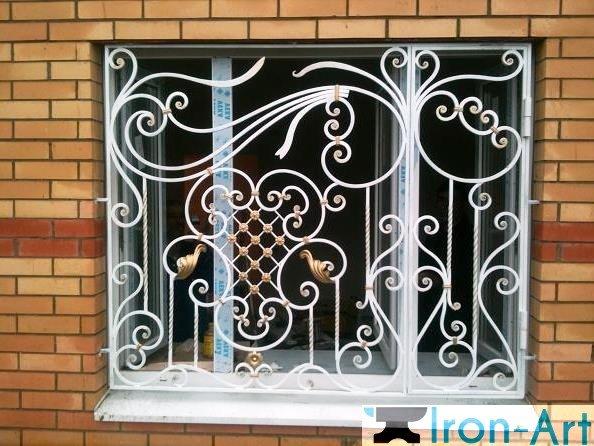r 3 - Металлические решетки на окна