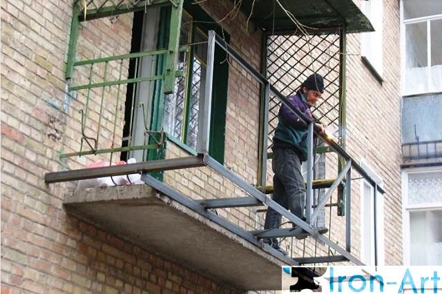 vyinos balkona - Металлические балконы на заказ