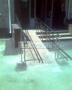 IMG2169A 240x300 - Галерея работ изделий из металла